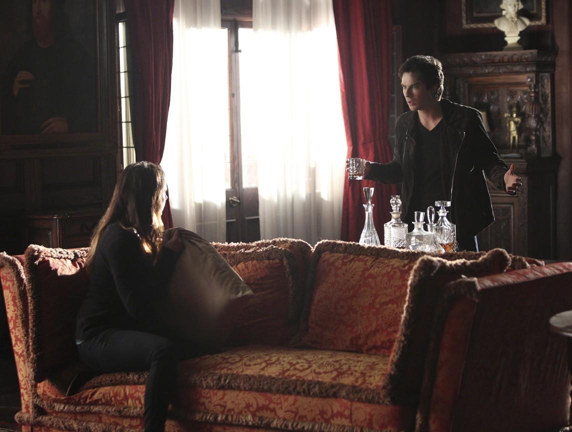 The Vampire Diaries - Season 6 Episode 09: I Alone